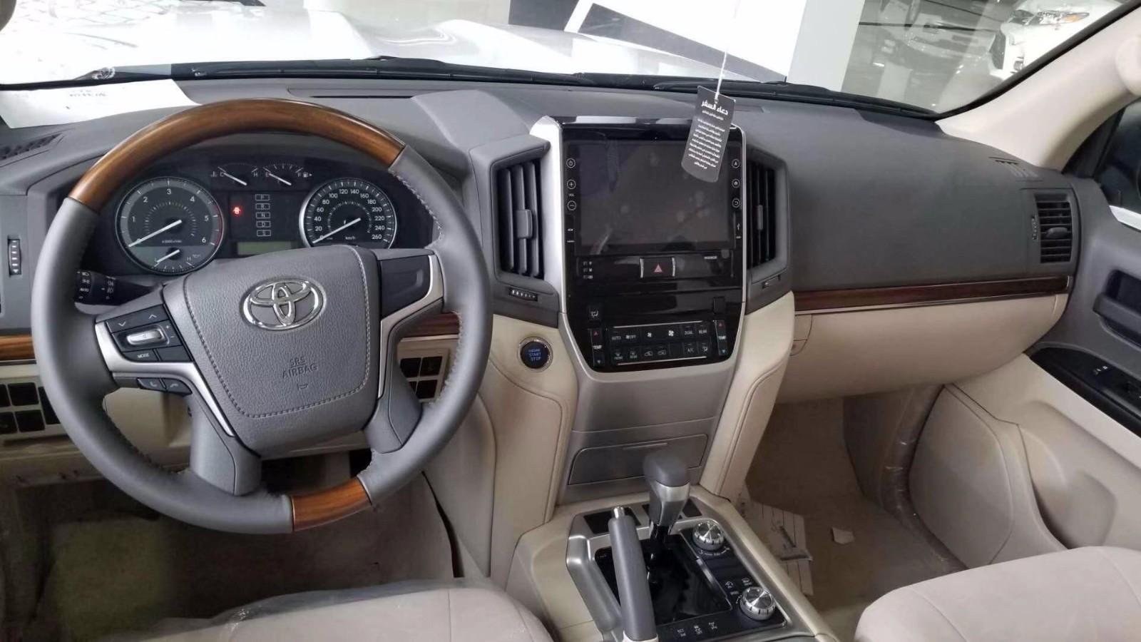 丰田酷路泽4500 柴版8速陆巡V8报价精彩